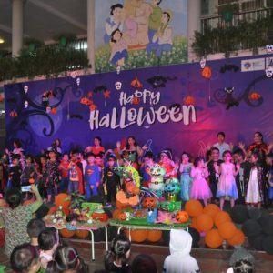Đón một Halloween đầy huyền bí mà sôi động cùng R.E.D.moon